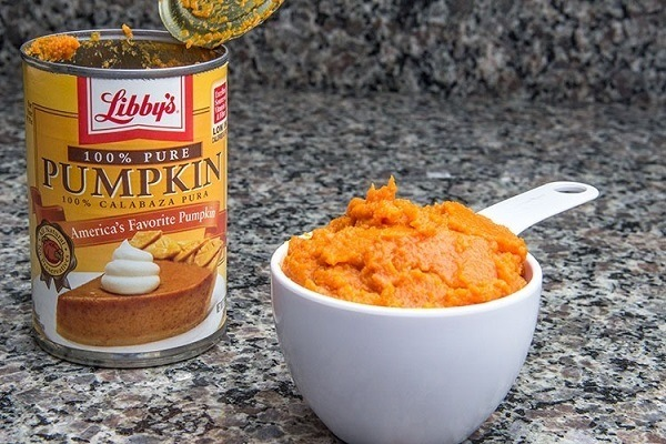 Canned pumpkin.